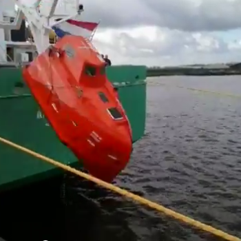 Testing the 'free fall boat' of the Arklow Bay